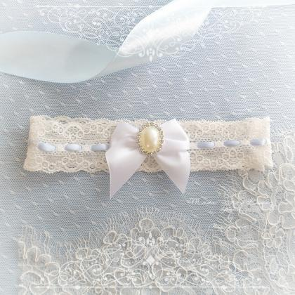 Ivory lace garter, Something Blue G..