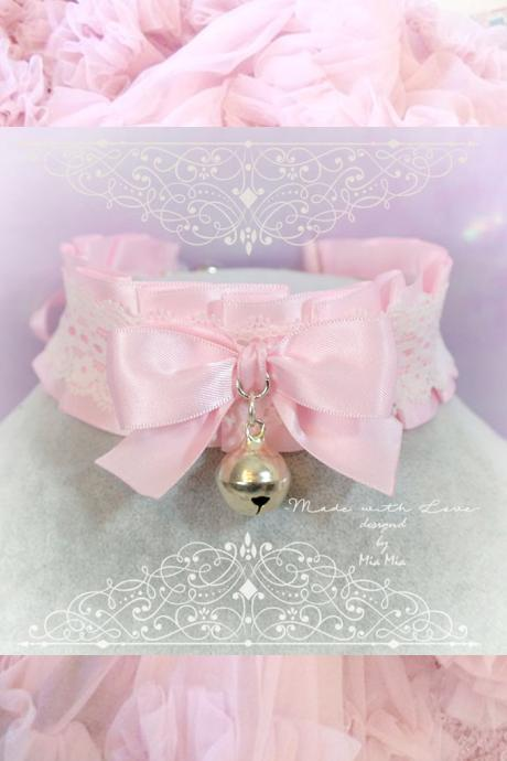 Kitten Pet Play Collar Daddys Girl Costume Choker Necklace Baby Pink White Lace Bow Bell Jewelry Fairy Kei pastel goth Lolita Neko BDSM DDLG