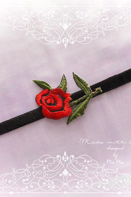 Black Velvet Choker Necklace Red Rose Embroidered Jewelry Necklace goth Lolita Neko Jewelry Cute DDLG
