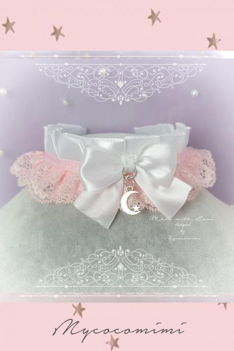 Choker Necklace, Kitten Pet Play Collar DDLG White Baby pink Lace Bow Little Crescent Moon Star, Jewelry pastel goth Lolita Daddys Girl BDSM