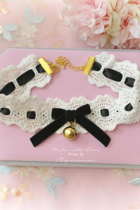 Choker Necklace, Ivory Lace Black Velvet bow Gold bell ,neko neck kitten plat collar pastel cute Romantic Lolita Fashion Everyday jewelry