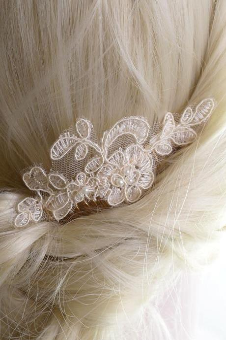 Romantic Luxury ivory Beige Lace Pearl Bridal Hair Decorative Gold Comb Hair Accessories Wedding Embroidery Hairpiece Headpiece