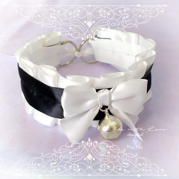 Kitten Pet Play Cat Collar Choker Necklace Black And White Bow Bell Kitty pastel goth Lolita Neko BDSM DDLG Daddys Girl Fairy Kei Jewelry